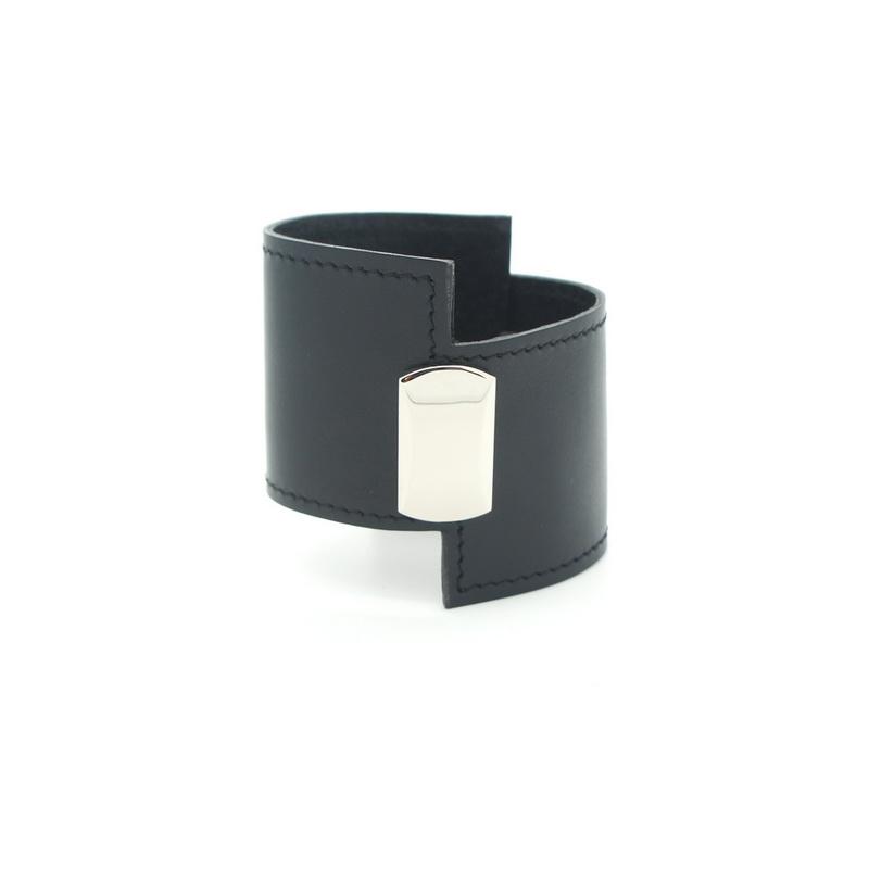 Асимметричный браслет