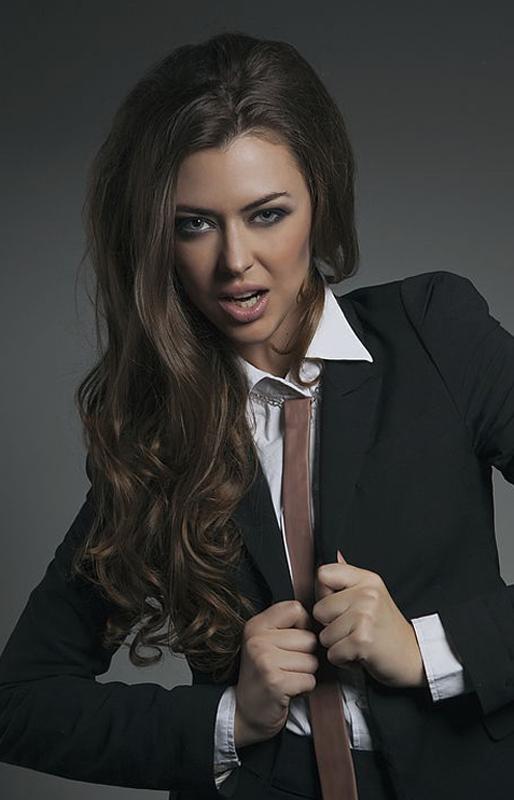 Кожаный галстук Image