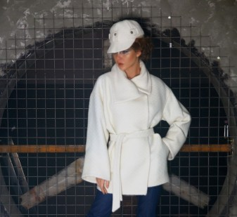 Пальто молочное Image 1