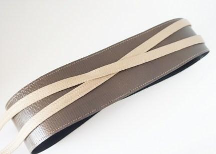 Пояс из натуральной фактурной кожи, шоколадно-бежевый Image 0